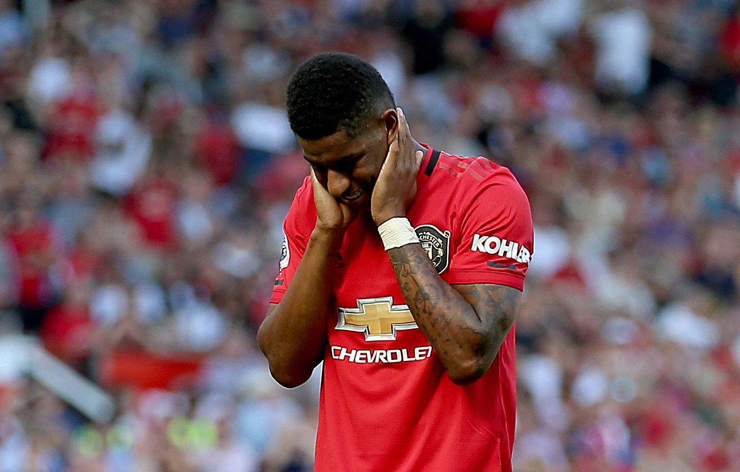 Premier League: Man United 1 Crystal Palace 2: Van Aanholt earns shock win