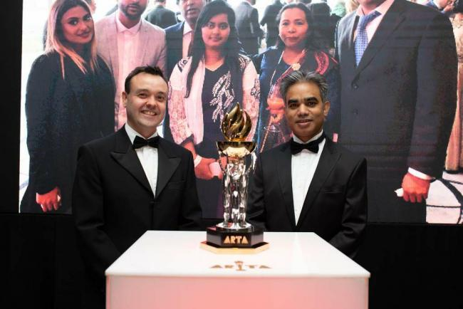 Stephen McPartland and ARTA Founder Mohammed Munim