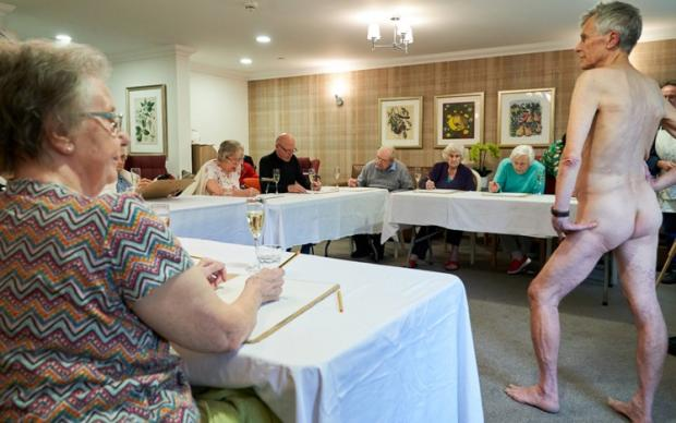 Your Local Guardian: Nude life drawing class at Sherwood Grange care home
