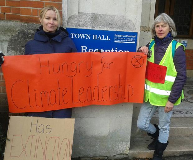 Your Local Guardian: XR hunger strikers Aet Annist and Dee Fuchs protest outside Reigate Town Hall on Wednesday