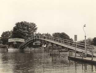 The bridge to Eel Pie Island back in the day