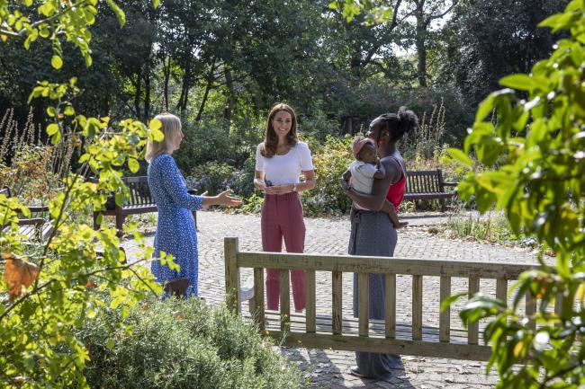 Kate meeting mothers in Battersea Park (PA)