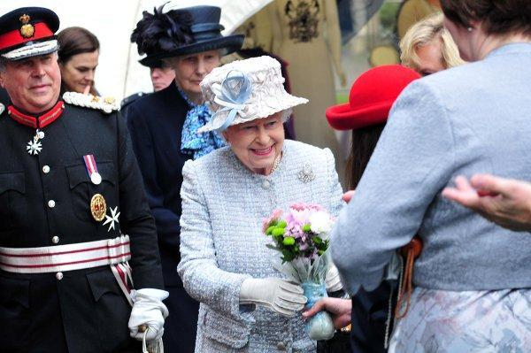 Your Local Guardian: The Queen Visits Bromley in 2012