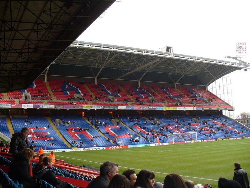 Police probe of Palace fans Saudi banner protest ends
