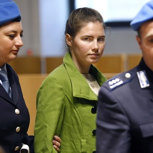 Knox claims she was nowhere near Meredith Kercher's murder scene in appeal