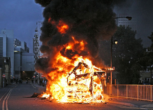Your Local Guardian: Croydon Burns story pic