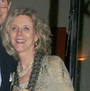 Blythe Danner used to wear earplugs to listen to Coldplay