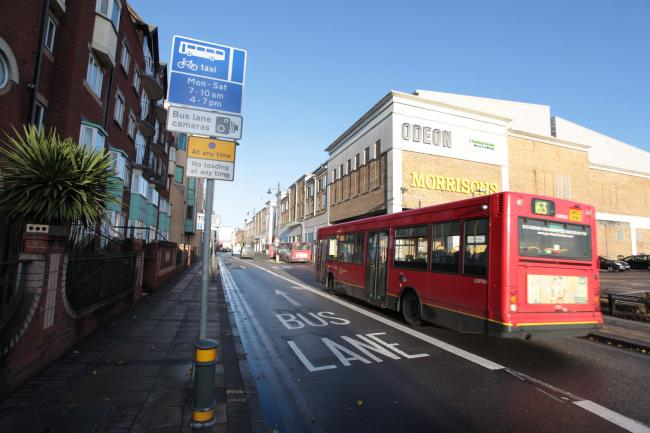 Opponents of the Hartfield Road bus lane have called it a