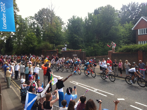 And here they are! Exciting scenes in Esher but the Brits need to get a move on.