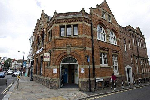 Huge budget cut proposed for Upper Norwood Library