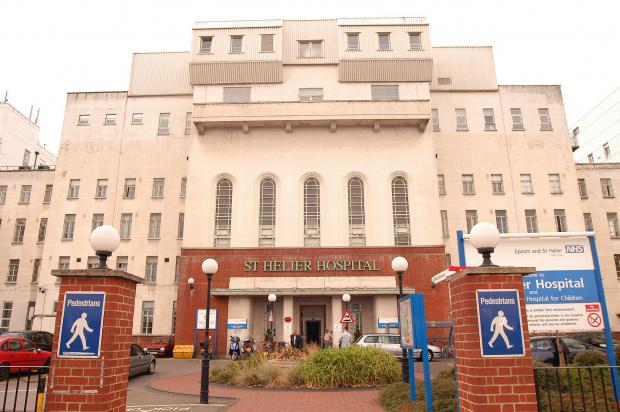 Nurse sacked after patient in her care dies