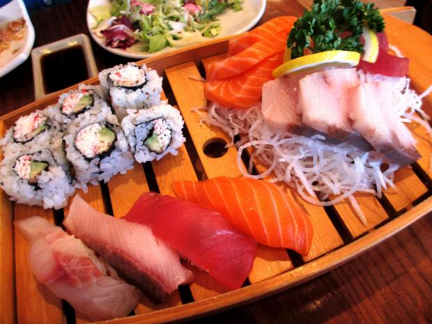 Your Local Guardian: Sushi and sashimi platter
