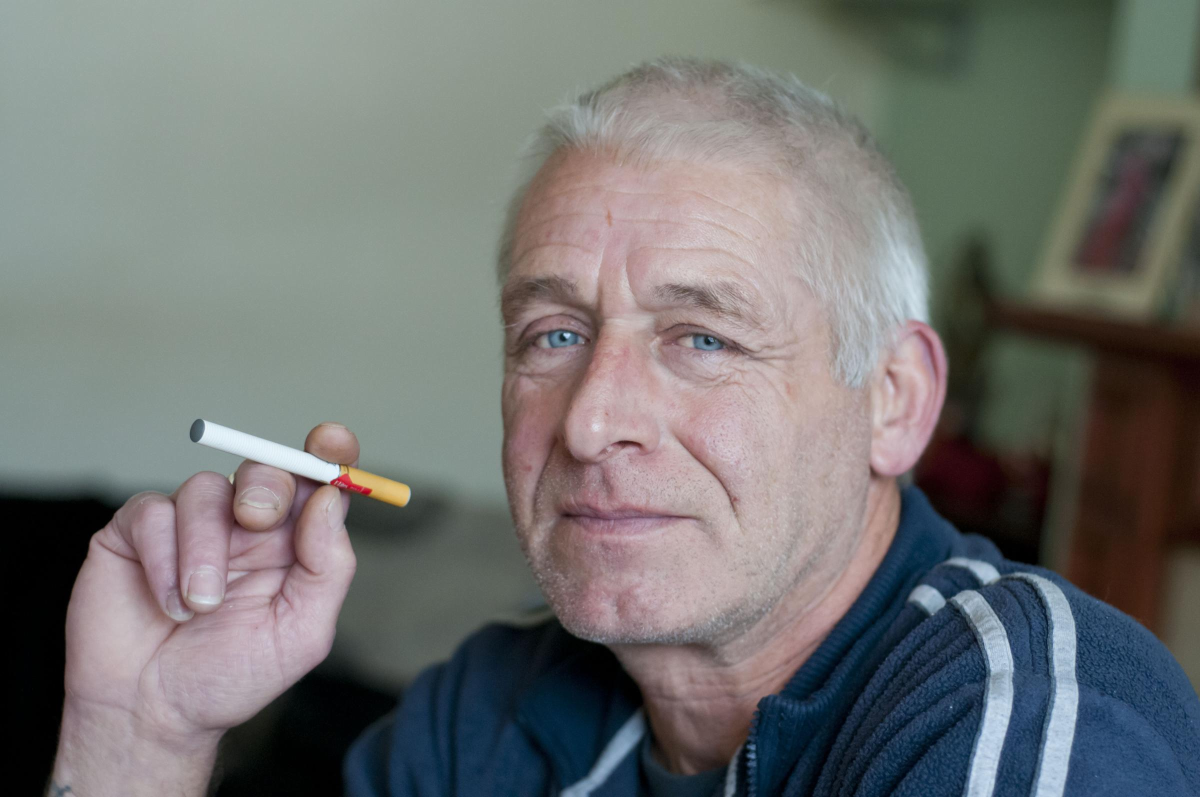 Electronic cigarette row sparks strike threat