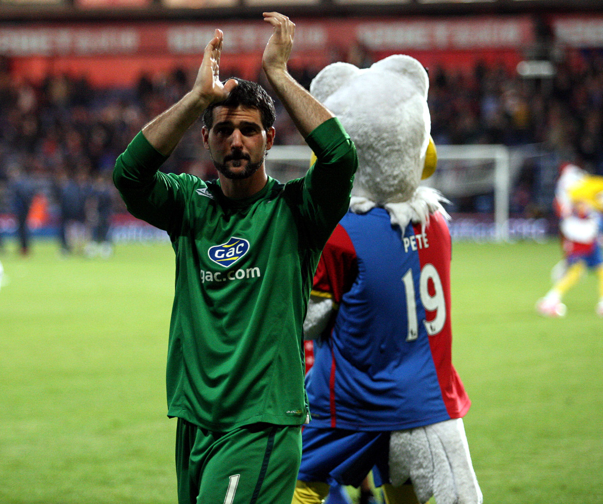 Your Local Guardian: Speroni claps the fans at the end of Monday night's thriller