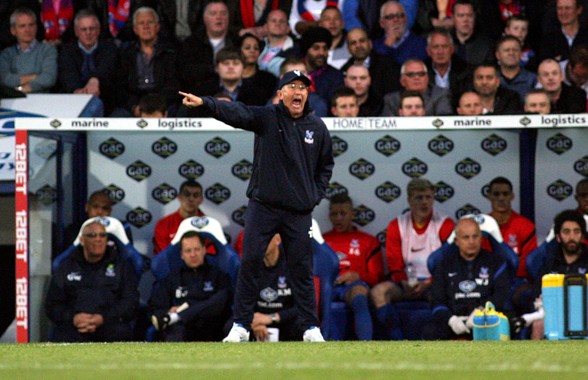 Your Local Guardian: Tony Pulis issues instructions