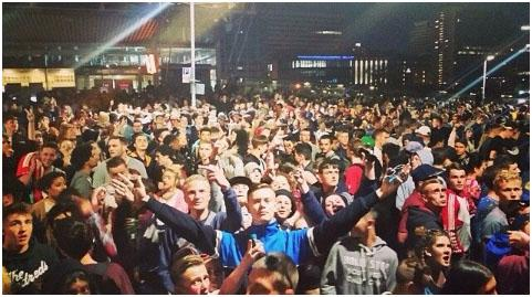 Around 2,000 people attended to rave in East Croydon
