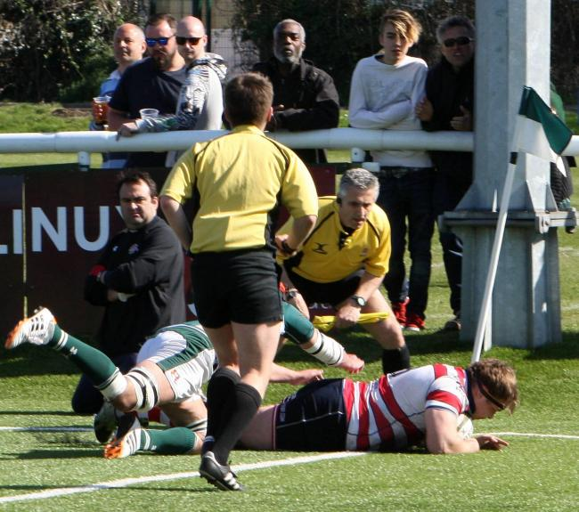 Try as you might: Alex MacKenzie goes over for Rosslyn Park's sole try in a 19-15 win at Ealing Trailfinders    Pictures: David Whittam