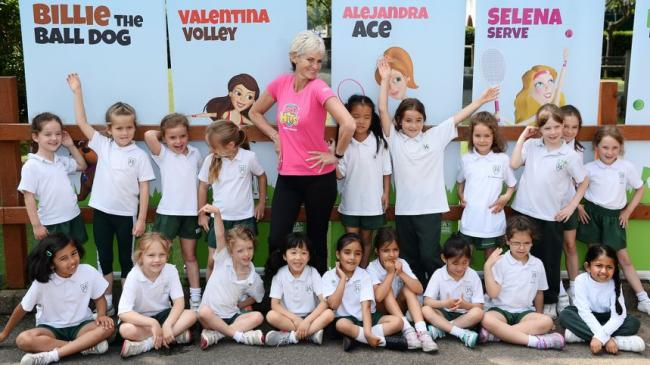 Doing it for the girls: Judy Murray and pupils from Surbiton Girls School                     Pictures: Rob Mullarkey