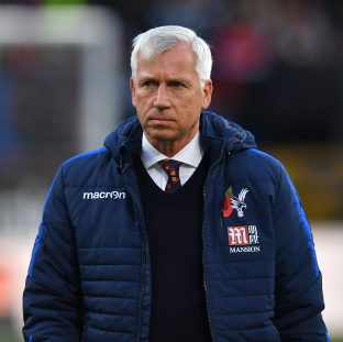 Crystal Palace manager Alan Pardew sacked