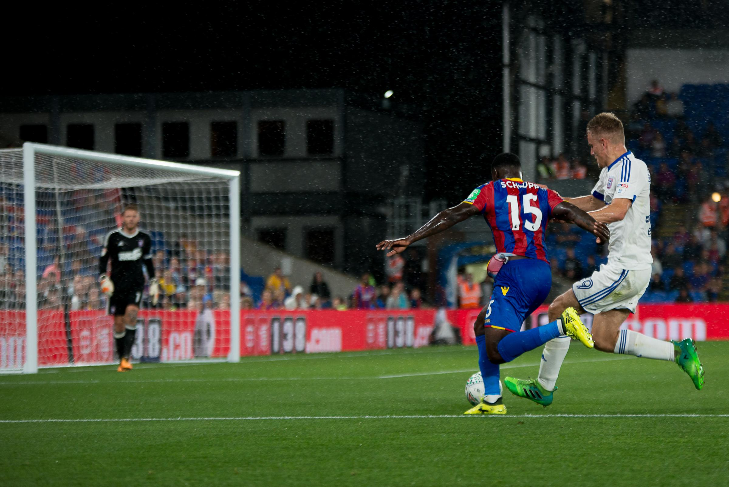 Jeffrey Schlupp in action for Crystal Palace | Picture: Robin Pope