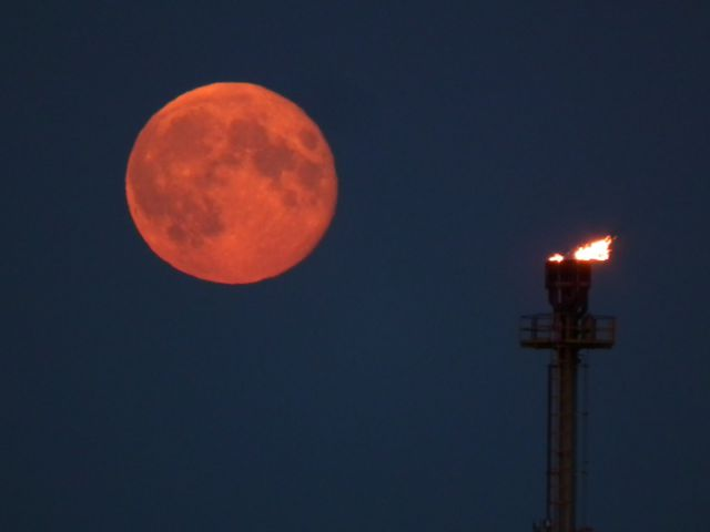 Pink supermoon to appear in UK next week - Your Local Guardian
