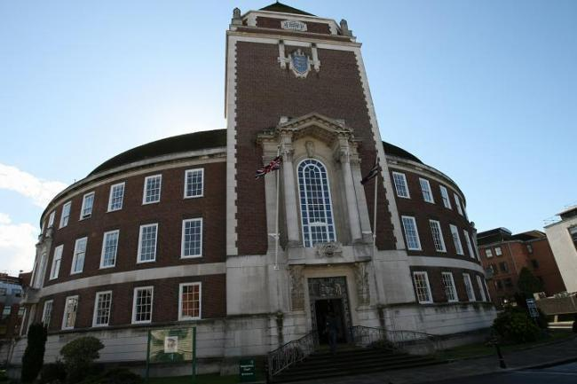 Kingston Council becomes Living Wage employer - Your Local Guardian