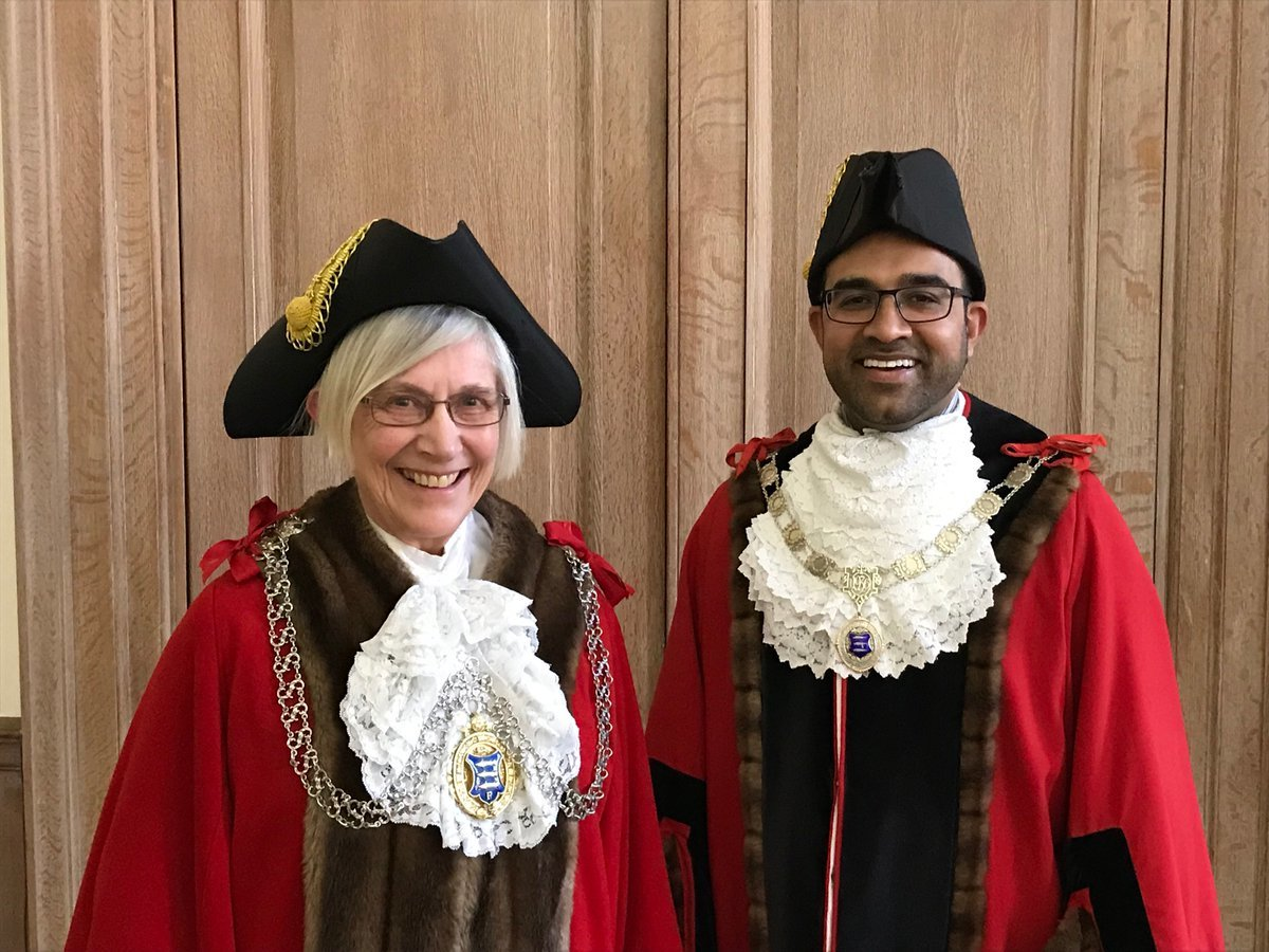 Councillors Margaret Thompson and Munir Ravalia in their new official attire. Image: RBK
